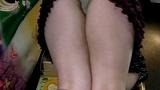 ガチャポンに夢中になってパンツを晒してしまった少女たち 3 15