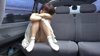 悪戯茶巾少女 ともちゃん スカートめくりでオマンマンいじめ 8